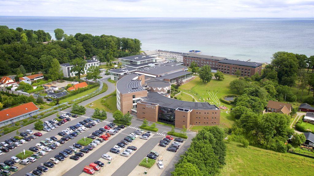 Dronefoto leveret af Dronefyn af Hotel Nyborg Strand drone foto mod øst